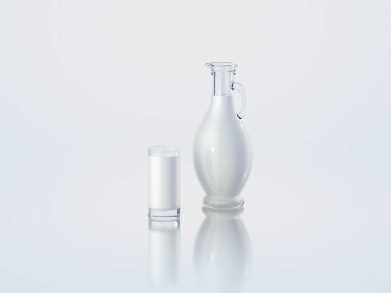 Amphora - 3D model of the glass bottle for dairy products