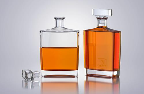 Decanter - packaging 3d model of a bottle for alcohol products